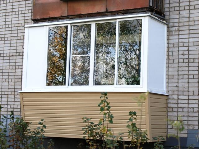 Застекление балконов и лоджий в Днепропетровске