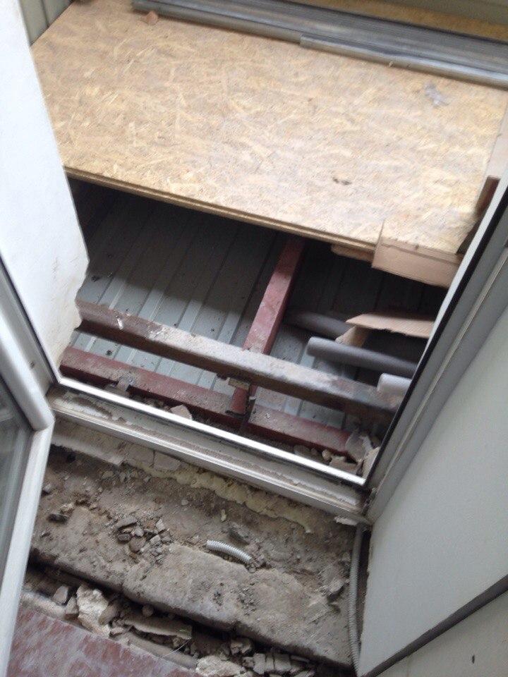 "Балкон ""под ключ"" в сталинке окна."