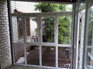 остекление веранды окнами из пластика